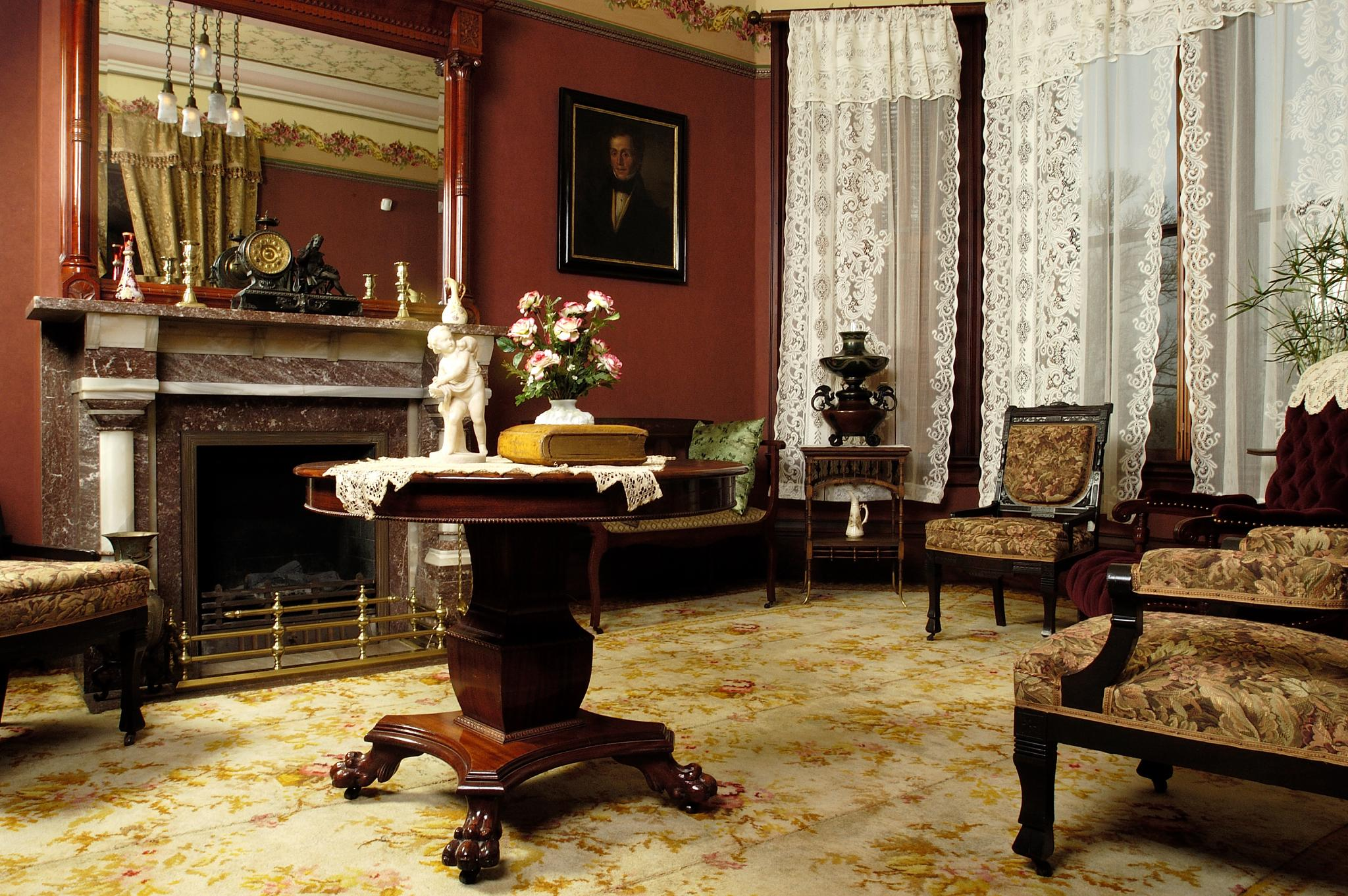Formal parlor, Martin-Mitchell Mansion