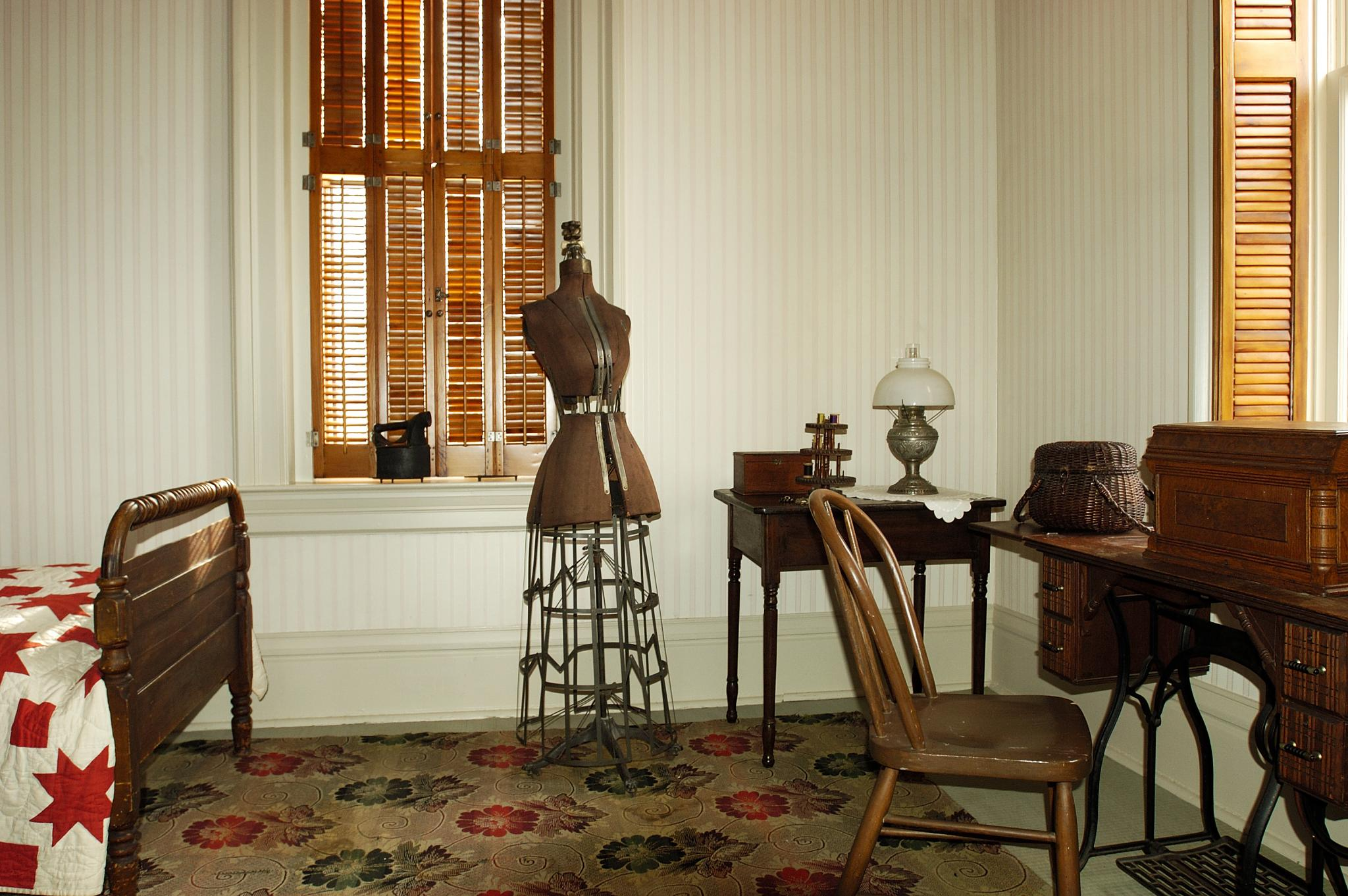 Servant's room, Lizzie Martin's bedroom, Martin-Mitchell Mansion