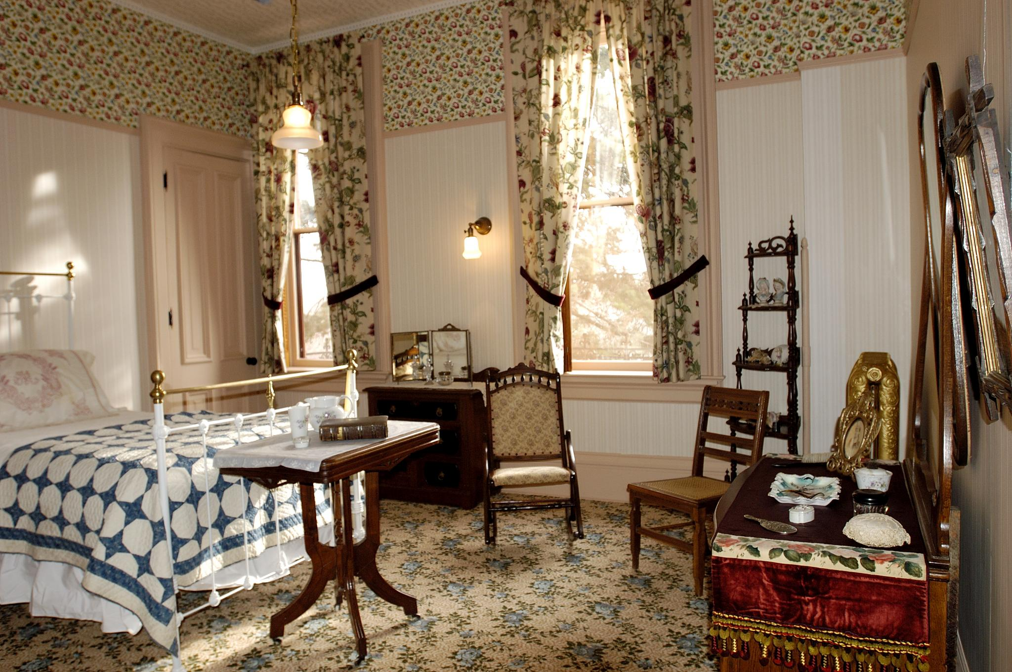 Lizzie Martin's bedroom, Martin-Mitchell Mansion